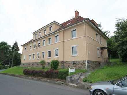 Schöne 3-Raum-Wohnung in idyllischer Lage direkt in Kirchen
