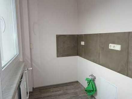 modern sanierte 1-Raum-Wohnung im 3.OG I ab sofort