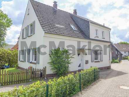 Top-Zustand: Bewohntes Zweifamilienhaus mit Garten u. Caport zentral in Ohmstede
