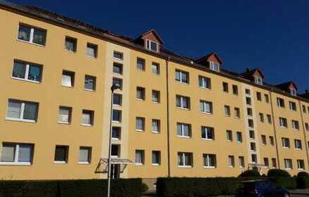 Schöne 3 RWG im 3.OG mit Balkon - Wohnen in der Nähe vom Stadtwald