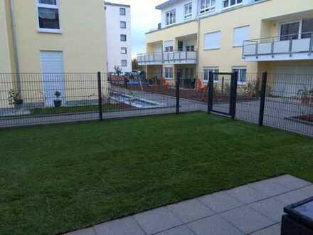 3-Zimmer Neubau-Erdgeschoss-Wohnung mit Garten und Terrasse