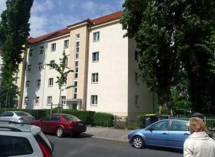 kleine 3-Raum-Wohnung mit Loggia in Striesen