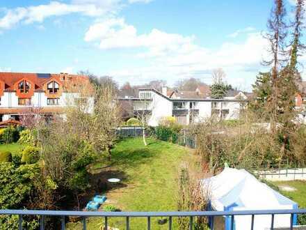 D-Unterrath, großzügige und helle Wohnung mit überzeugendem Zuschnitt und perfektem Grünblick!!