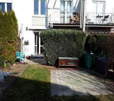 Einfamilienhaus im Grünen nahe See (Leipzig-Lausen) ab 01.11.2019