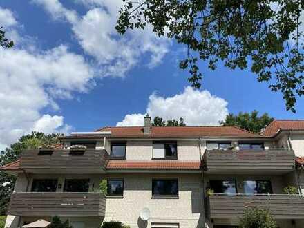 RUDNICK bietet AM WASSER: Schöne 3-Zimmer Dachgeschoss-Wohnung mit Blick auf den Mittellandkanal