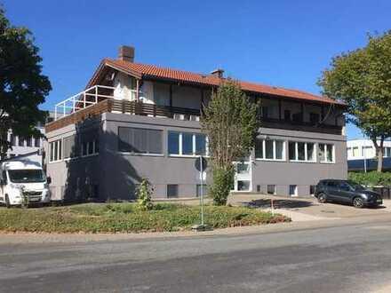5-Zimmer-Penthouse-Wohnung mit großer Terrasse und EBK in Mainz, vollständig renoviert