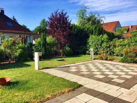 Wunderschöne Terrassenwohnung mit Garten und Garage in ruhiger, schöner Lage!