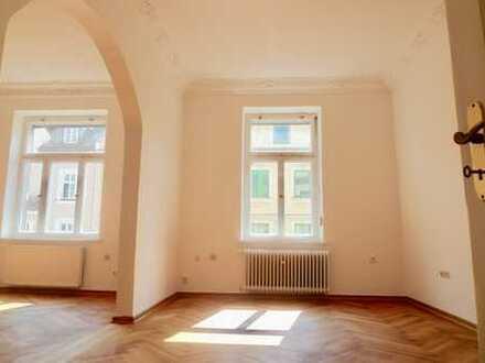 Kleinod in Schwabing! Klassische Altbauwohnung zwischen Josephsplatz & Elisabethplatz