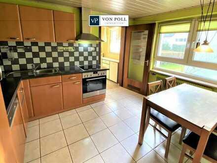 Romantische Doppelhaushälfte mit verglastem Giebel und besonderem Charme!