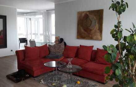 Schöne, lichtdurchflutete 3-Zimmer Wohnung mit Grünblick