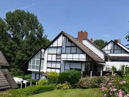 Elegantes Einfamilienhaus in anspruchsvoller Lage (162)