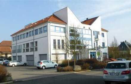 Viel Potenzial: Gewerberäume in einem beliebten Wohn- und Geschäftshaus!