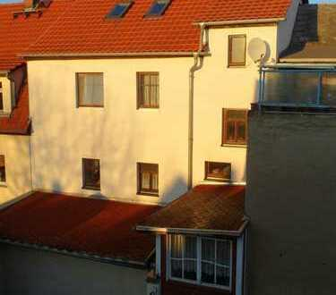 3 Wohnungen + Gewerbe * Vorderhaus und Hinterhaus mit Innenhof * Nähe Stadtzentrum Geithain