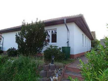 Einfamilienhaus im Bungalow- Stil zur Miete