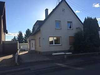Schönes Haus in Mondorf mit Garten und Wintergarten zu vermieten