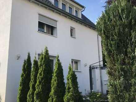 Helle 3 Zimmerwohnung in S-Vaihingen - kein Balkon- zu vermieten