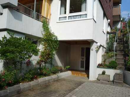 2 Familienhaus mit 2 separaten Eingängen, 3 Balkone, Garage in guter Wohnlage