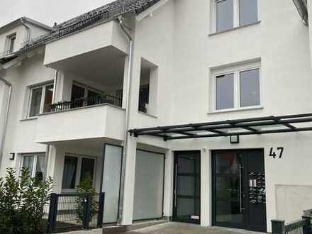 Wohnen und arbeiten unter einem Dach - 5 - Zimmer Maisonette Neubauwohnung in Filderstadt