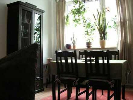 Helle 2-Zimmer Wohnung - wärmegedämmt - mit Einbauküche - Mitte-Nord