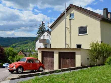 Doppelhaushälfte mit 169qm, Garage und Stellplätzen in ruhiger Lage
