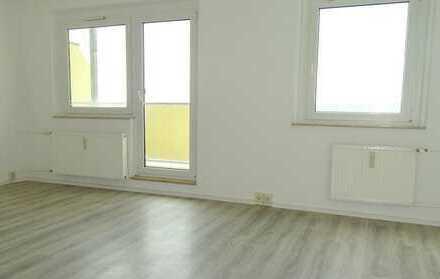 **Toller Ausblick- Schicke 3 Raum Wohnung**
