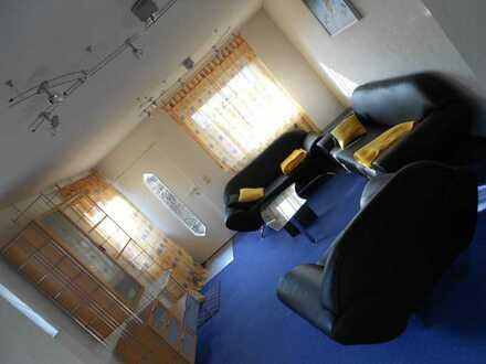 Ab sofort - Möblierte Einliegerwohnung in gepflegtem Einfamilienhaus - EINZELPERSON