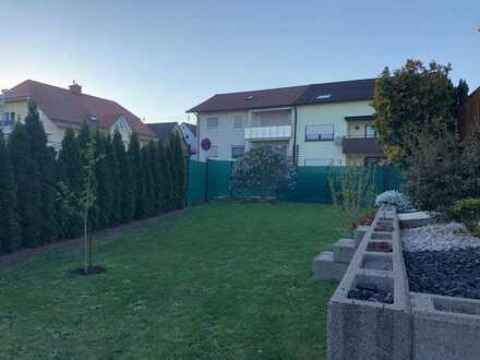 Gepflegte 4-Z. Wohnung mit Terrasse, Garten sowie Einbauküche in Karlsbad-Ittersbach