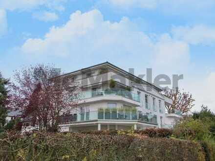 Gehoben Wohnen zwischen Kurpark und Altstadt: Großzügige Traumwohnung mit Balkon in Bestlage