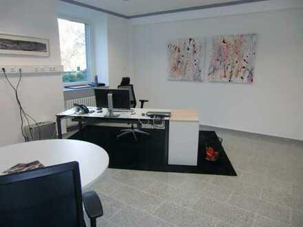 Wunderschöne Büro und Praxisräume direkt am Rhein zu vermieten