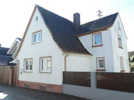 ++ Freistehendes 1-2 Familienhaus mit Terrasse und Garten in ruhiger Wohnlage! ++