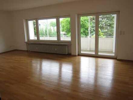 Stadt FFB, 4-Zi.-Wohnung mit Balkon, ruhig, zentral