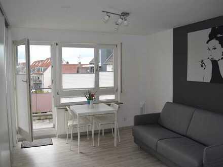 Hell, Modernisierte, Voll möbliert 1-Zimmer-Wohnung mit Balkon und EBK in sindelfingen(Nähe Daimler)