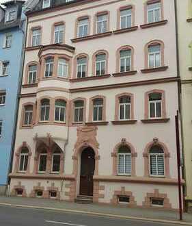 Plauen-Südvorstadt, schöne Whg. für kleines Geld, 2. OG, helles Wohnzimmer, Küche mit Fenster