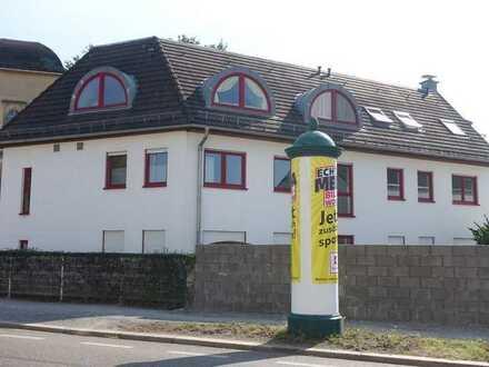 Wohn- und Geschäftshaus mit zusätzlichem Baugrundstück für EFH in zentraler Lage von Radebeul-Ost