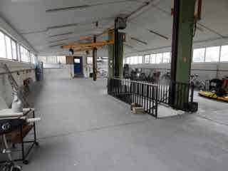 Lichtdurchflutete Produktionshalle mit Lagerflächen und 1a Infrastrukturanbindung!