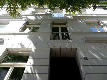 2 Zimmer Wohnung in liebevoll gepflegtem Altbau in Düsseldorf, Friedrichstadt