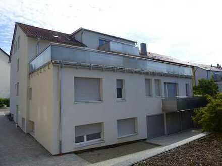 -Wohnen wie im eigenen Haus- Großzügige 4 - 5 Zimmerwohnung mit schöner Terrasse, sofort beziehbar