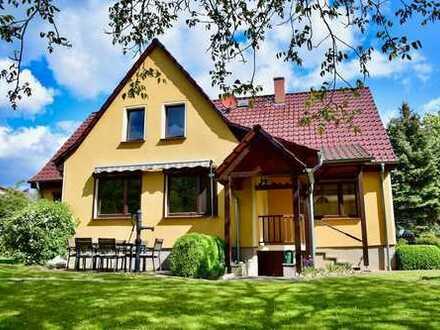 Einfamilienhaus mit großem Grundstück zur Miete