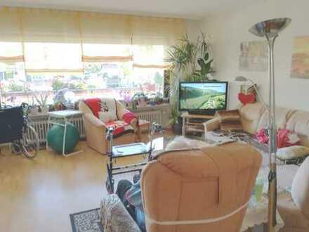 Gepflegte 3,5-Zimmer-Wohnung mit Balkon in Rodgau
