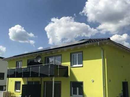 Neubezug - schöne, helle 3-Zimmer-OG-Wohnung mit West-Balkon in Vohenstrauß