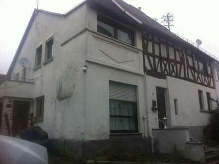Provisionsfrei !! Denkmalgeschütztes Fachwerkhaus in Dornburg-Frickhofen