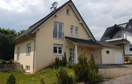 Sonnig und top gepflegt: Einfamilienhaus in Oberhaid