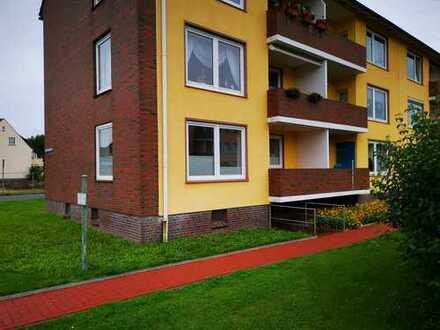 Erstbezug nach Sanierung mit EBK und Balkon: attraktive 2-Zimmer-Erdgeschosswohnung in Nordenham