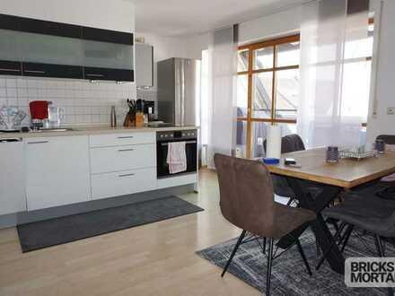 TOP 3 Zimmer Dachgeschosswohnung mit Einbauküche und Balkon im Herzen von Fischach