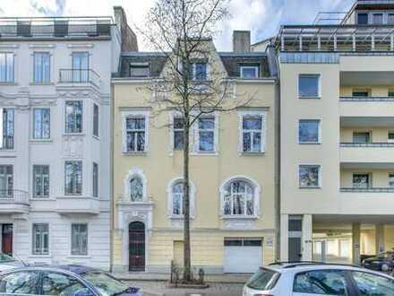 | Klassische 2,5 Zimmer Wohnung für RUHIGE EINZELPERSON im Frankenberger Viertel |