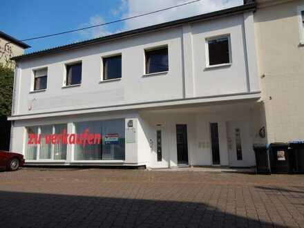 Eigenes Ladenlokal/Büro/Praxis in Wemmetsweiler