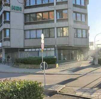 FR-City: perfekt platzierte Einzelhandelsfläche mit großer Schaufensterfront !
