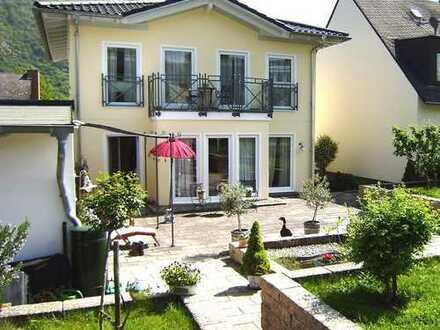 Komfortabel ausgestattete Stadtvilla mit Stil in ruhiger, sonniger Wohnlage