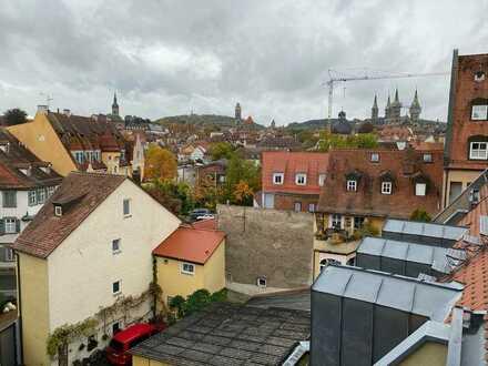 *TOPLAGE* neu renovierte 2,5-Zimmer-Penthouse-Wohnung im Zentrum Bambergs