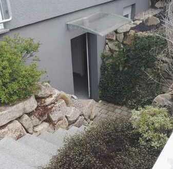 Möbilierte 1 Zimmerwohnung im Souterrain mit Dusche/WC